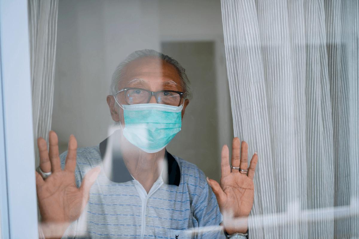 Uruguay: aislamiento para personas mayores de 65 años