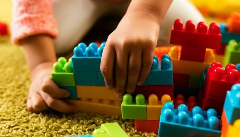 Como combater as lesões relacionadas aos brinquedos das crianças?