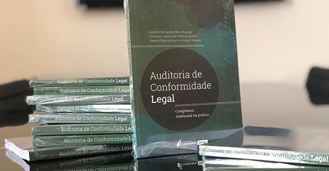 Livro de Deivison Pedroza sobre Auditoria de Conformidade Legal na prática.