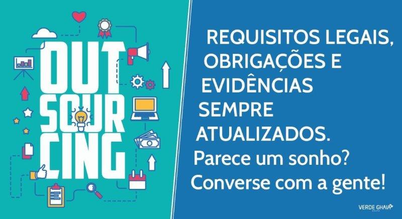 Banner sobre requisitos legais, obrigações e evidência sempre atualizados pelo Outsourcing LIRA.