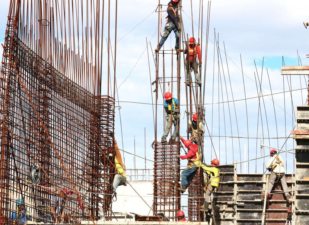 É possível implantar a ISO 9001 em empresas de construção civil, prestação de serviços e em indústrias?