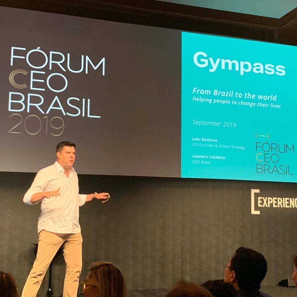 Conceito de negócios da Gympass conquistando o mundo.